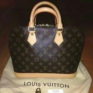 Louis Vuitton Purse (Alma)